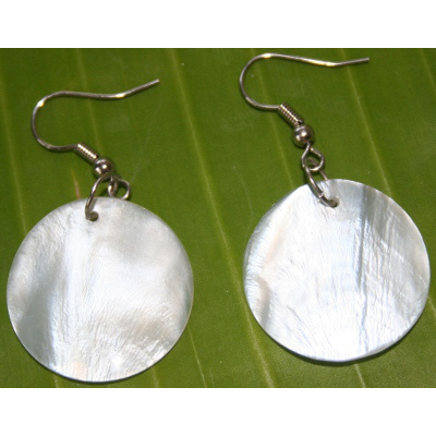 Round-Mother-of-Pearl-Earrings